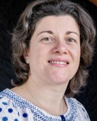 Nicoleta Sandu FdA BA (Hons) - Humanistic and Integrative Counsellor