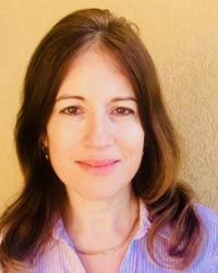 Shira Freeman MA, HCPC CBT Psychotherapist, Arts Therapist.