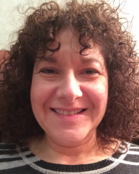 Linda Zack (Dip.Psychotherapeutic Counselling)