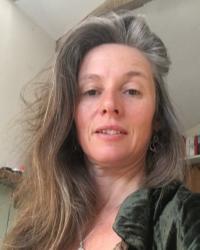 Lynn Hyde - Relationship Therapist