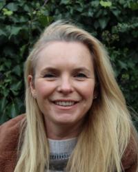 Annabel Lawson Johnston, Counsellor (BA Hons), (Prof Dip Psy C)