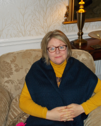 Carol Shields, MBACP (Reg), Dip.Therapeutic Counselling, Oak Tree Counselling