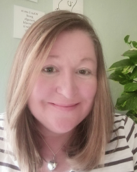 Carol Shields, MBACP (Reg), Dip.Therapeutic Counsellor/Psychotherapist
