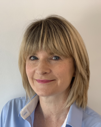 Dr Oonagh Williamson - Chartered Clinical Psychologist