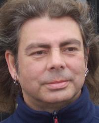 Andrew White. BA (Hons) Hum, Dip Integ Counselling, MBACP (Reg)