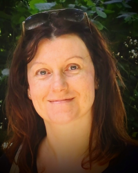 Liz Jackson - MBACP Post-Grad Diploma in Integrative Counselling & Psychotherapy