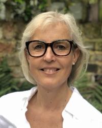 Henrietta Flood Therapist MBACP