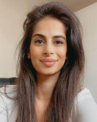 Nazanin Tayeby Psychotherapist Counsellor MBACP BSc MSc PsychD (present)