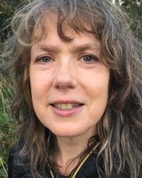 Dr Dorothy Thompsett