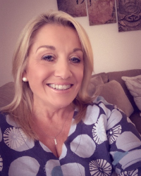 Lorraine Carpenter-Emery MA MBACP (Snr Acc)