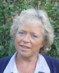 Jean M Buck
