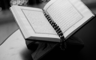 Tests, patience, and trust in Islamic counselling
