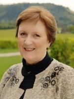 Linda M Newbold MA (Psych), UKCP Reg'd, EMDR Accr Pract, Adv Cert Couples Cllng.