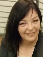 Sara French  .  Hireth Woodland Therapy  .  Indoor and Outdoor Therapy  . MBACP