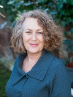 Mic Austen: Online - Accredited EMDR, Psychotherapy & Counsel. MA, M.Sc, UKCP