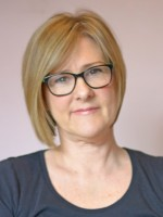 Susan Robertson, Adults & Young People Psychotherapy UKCP Registered.