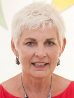Dr Fiona Barlow