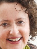 Jennie Cummings-Knight MA Counselling, MBACP, (Registered) PGCE, FHEA