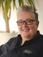 Dorinda Thirlby:MSc Int. Psychotherapy, Registered Nurse (UKCP&NMC accredited)