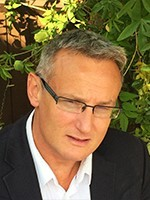 Stephane Preteux - Msc Psychotherapy & Counselling, MBACP Accr. English/French