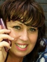 Michelle Hughes Counsellor and Supervisor.MBACP Accredited,UKRCP reg