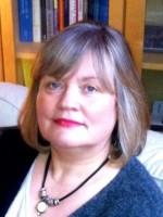 Dr Julia Cayne