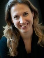 Dr Camilla Stack