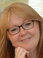 Nicky Daly MBACP BSc Hons Psych, Dip Counselling, Certificate in Group Analysis