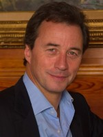 Mark Boyden: MA, Ad.Dip, UKCP accredited, MBACP, MBA, FCIM, MIoD
