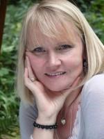 Vanessa Wright BA (Hons) PGCE     Registered Member BACP Senior Accredited