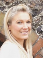 Becky Stone Accredited,Low Cost Supervisor  MBACP,NCS,Registered Member