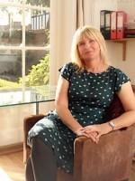 Sara Whammond   BABCP accredited CBT therapist