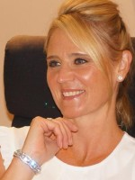 Victoria Hares MBACP Accredited Counsellor / Supervisor