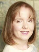 Kelly Stewart: Counsellor & Psychotherapist (MA, UKCP, MBACP)