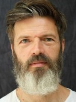 Ross Crookshank MA (UKCP Accredited) Psychotherapist and Supervisor