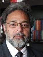 Maninder Bains Psychotherapist & Lecturer