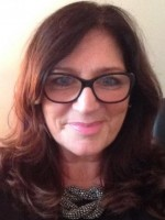 Julie DeLuca Reg. MBACP MNCS (Accred) COSRT ACIPD