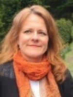 Suzette Castle-Mackie, Psychotherapist. Counselling & Couples Therapist. MBACP.