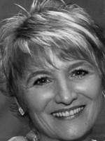 Maggie Lynch MSc, CTA, UKCP