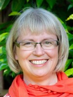 Emma-Jane LaRoche BA (Hons), FdA Counsellor, BWRT Practitioner. MBACP, MIBWRT.
