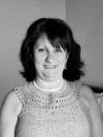 Tina Finch MA MBACP (Accred) Counsellor / Psychotherapist / Supervisor / Trainer