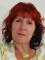 Lynsey Lowe, Person-Centred Pyschotherapist, Supervisor & Trainer
