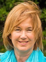 Lizzie Hull. MBACP, Dip. Integrative Therapeutic Counsellor