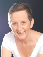 Joyce Dallimore MA (CBT), BACP Reg & Accred. EMDR Accred