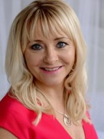 Clare Welch - Counsellor And Psychotherapist. BA (Hons) MBACP