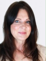 Coral Geeves MBACP, Dip.Couns, Integrative Counsellor and Psychotherapist