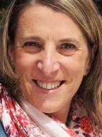 Julia Harvey BA (Hons) Health, Counsellor, Reiki Master Teacher, Artist