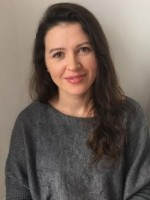 Alina Apopei MBACP (Acred), MSc Counselling and Psychotherapy, BSc Psych