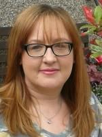 Dr Rosemarie Lynass