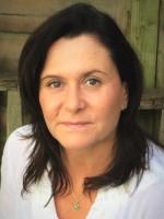 Nuria Raez          -    MA (Hons)    MBACP